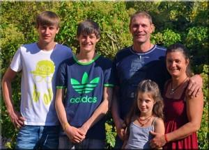 kastanienfof-kraemer-urlaub-auf-dem-bauernhof_odenwald-familie